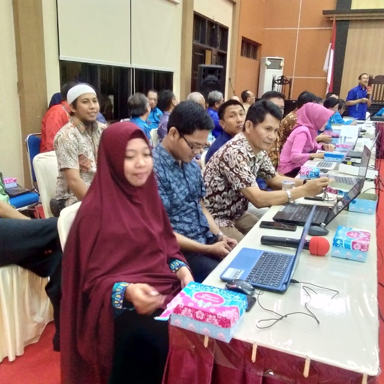 Hadiri Training e-Court PN Tilamuta Siap Menyidangkan Perkara Perdata secara Elektronik