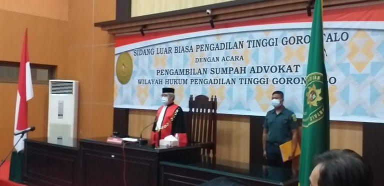 Sidang Luar Biasa Pengambilan Sumpah Advokat Wilayah Hukum Pengadilan Tinggi Gorontalo